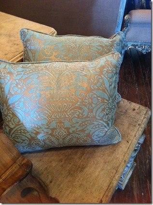 fortuny pillows blue