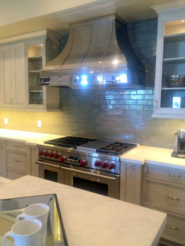 model kitchen stove hood