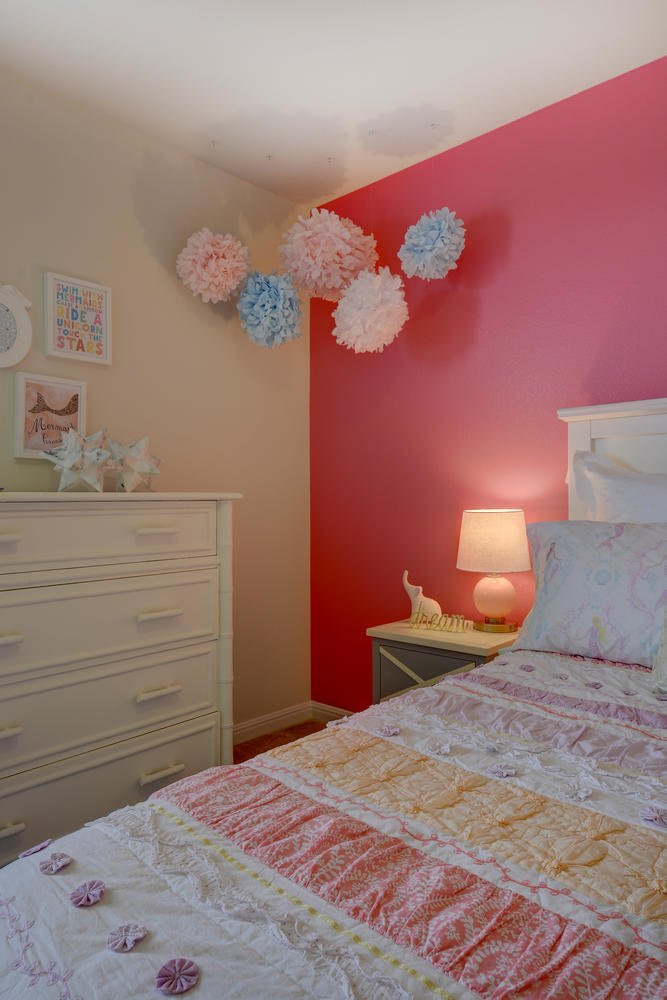 girls bedroom and dresser