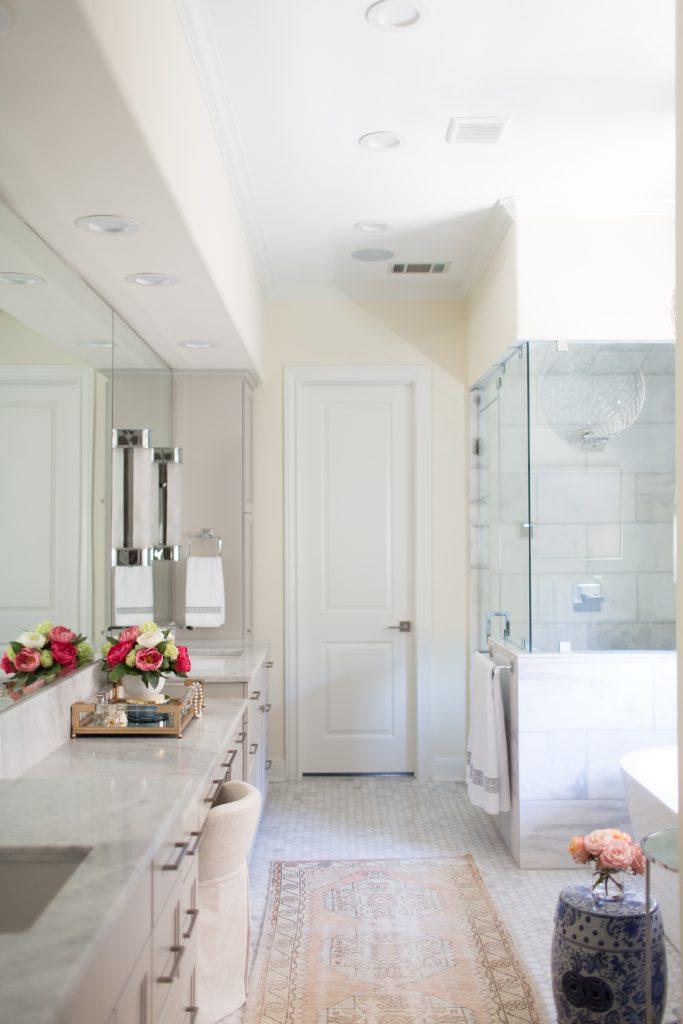 Villa Blanca Master Bathroom