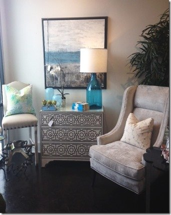 nailhead chest vignette