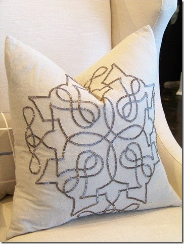 22 x 22 decorative throw pillow