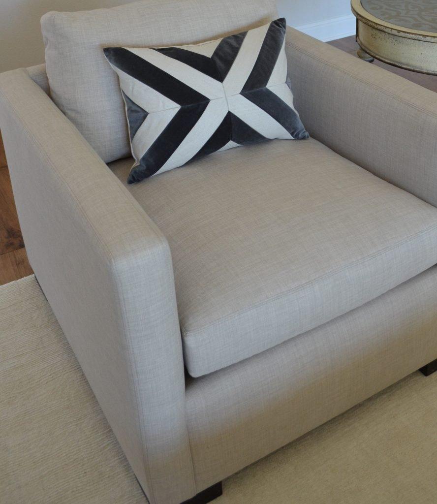 side chair pillow detail